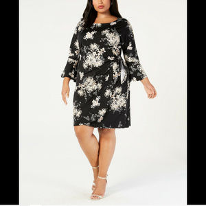 Signature by Robbie Bee Women's Plus Size Dress